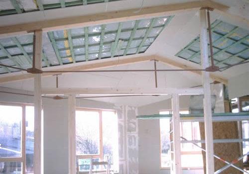 Polygonale Flächen Und Ungleichschenkelige Dachflächen